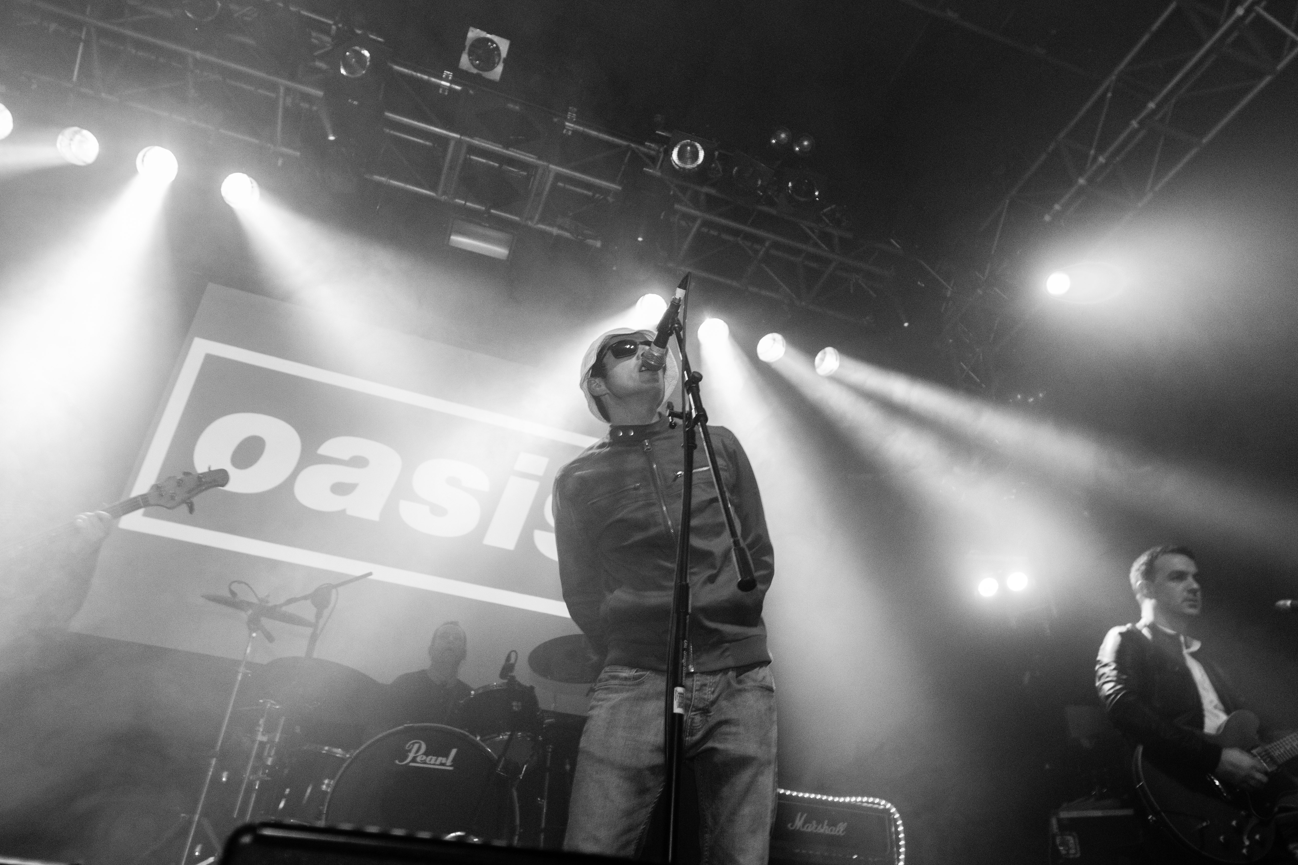 Tribute Bands » Oasis Tribute-Live Forever